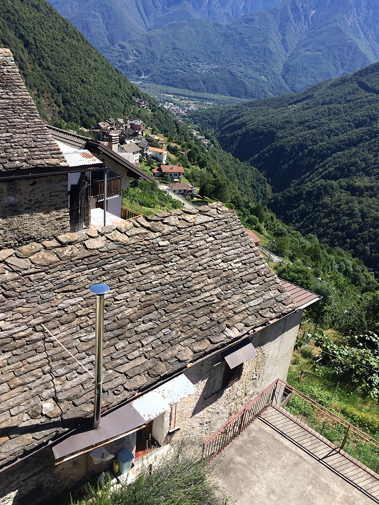 village-on-side-of-mountain